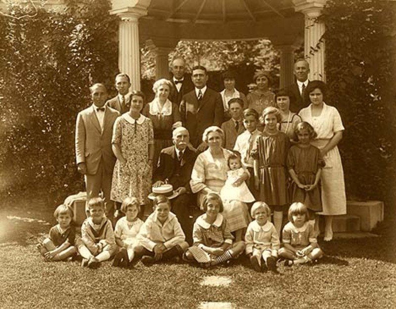 The Brewer Family ca. 1922